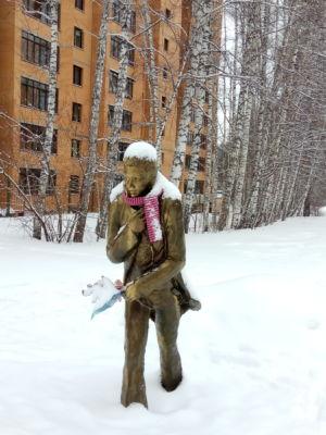 Damira Avgustinovich. Памятник Михаилу Зуеву